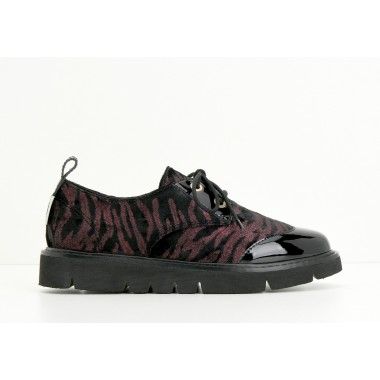 ARMISTICE FOX DERBY W - PATENT/INFERNO - BLACK/BORDEAUX