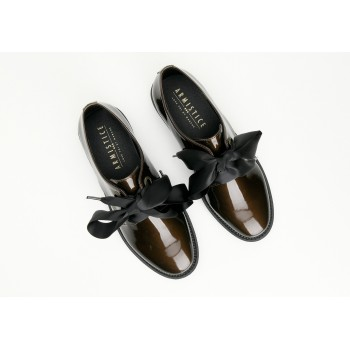 ARMISTICE - STOCK DERBY W - GLOSSY - BRASS SOLE BLACK