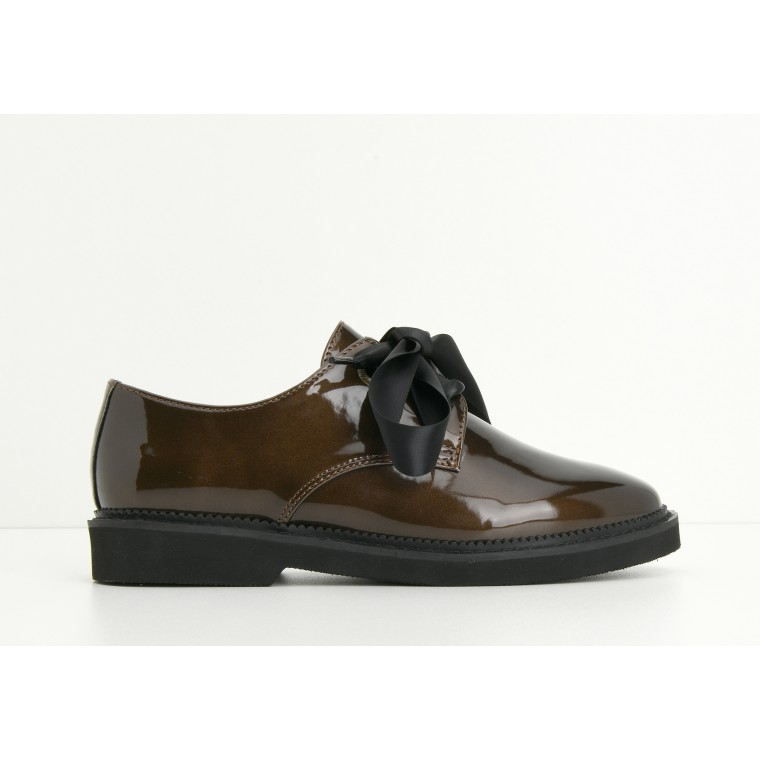 ARMISTICE STOCK DERBY W - GLOSSY - BRASS SOLE BLACK